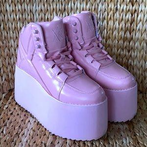 NWOB Pink YRU Qozmo Hi2 Platform Sneakers 8M